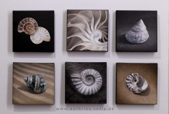 """Series: """"Witnesses of Time"""", oil on canvas, 20 x 20 cm each"""